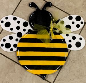 COME PAINT! - Bee Hanger at the Crafty Coop @ The Crafty Coop
